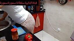 My candid arab cougar booty obssession immediate bulge