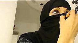 Saudi Arabian women unsheathed - Hot masturbation