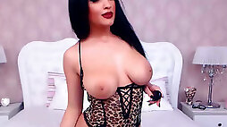 Adorable Chubby Babe Toys her Ass