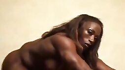 Hot Female muscle!!
