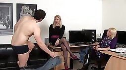 VL Spanking The Stripper