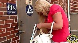 Curvy blonde milf Julie Cash enjoys sucking a BBC in hot gloryhole vid