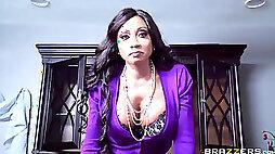 Ebony mega-slut wants big white cock in her MbumIVE ASS!!
